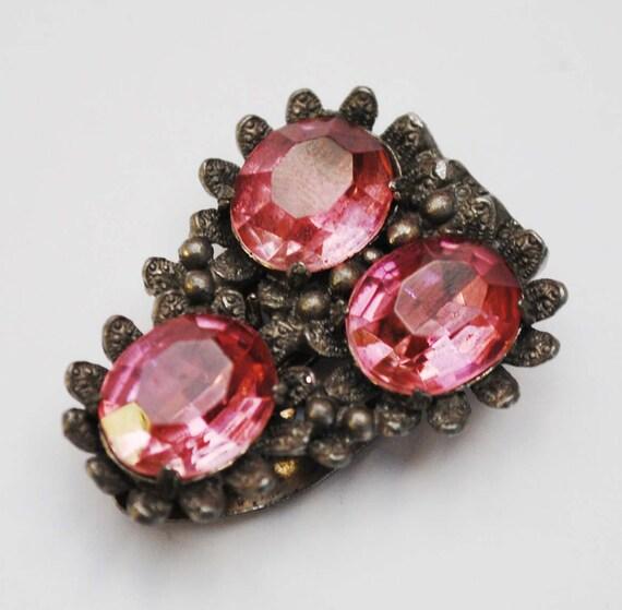 Pink dress Clip - Pink  Rhinestone - Floral Flower silver pot metal -Art Deco -vintage fur clip