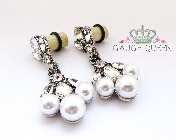 Pearl Dangle Plugs / Gauges. 2g / 6.5mm & 0g / 8mm
