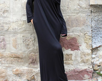 Black dress/ Black Maxi dress/ Turtleneck dress/ Long dress/ Long sleeve dress/ Hooded dress/ Oversized dress/ Day dress/ Casual dress