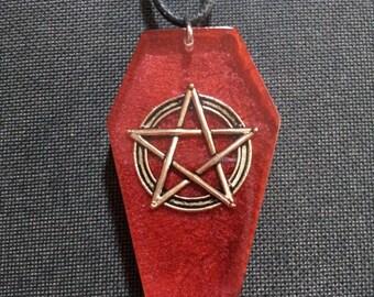 Colgante de ataúd gótico con Pentagram + gastos de envío gratis, ataúd colgante, joyería de pentagram, pagano colgante, colgante gótico, joyería espiritual