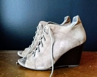 Vintage Inspired Leather Wedge Booties/ Lace Up Suede Wedges Size 7.5M