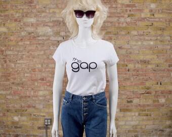 90s gap t shirt / vintage gap / gap tee / white tshirt / fitted 90s tee / white gap tshirt / normcore / cropped / crop top / white tee