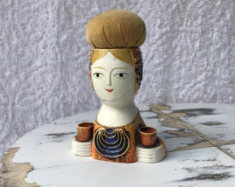 1960s Gemma Taccagna Style Lady Head Pin Cushion || Sides Hold Sewing Pencil / Sewing Scissors || Mid Century Mod Housewares. Collectible