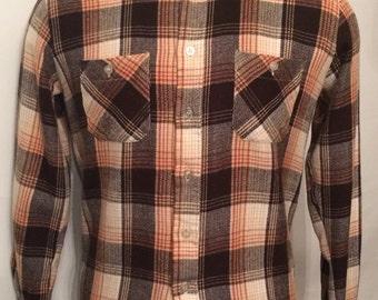 Vintage MENS Episode brown, white, tan & rust plaid flannel shirt, size M