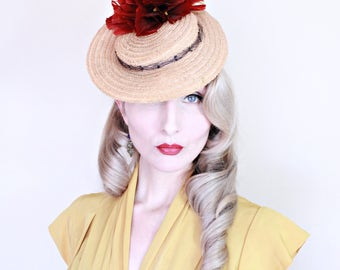 1940s Vintage Hat / 40s Tilt Hat / Straw / Red Feather Flowers / Head strap / CUTE