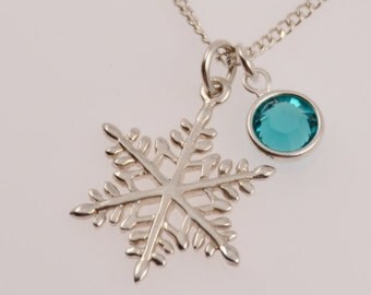 Snowflake necklace. Winter necklace. Sterling silver snowflake necklace.  Girls necklace. Gift for girl