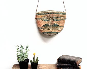 70s vintage Woven crossbody wicker handbag with leather strap
