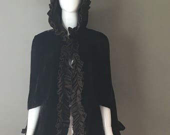 Gorg Vtg 90s Dark Espresso Brown Silk Velvet Ruffle Trim Cape with Hood Mint Condition 6 M