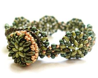 Beads Bracelet green olive exquisitely elegant Super duo green olive beaded beads bracelet pearl brecelet