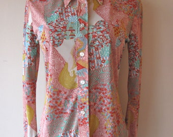 1970s Novelty Print Blouse w/ Faces