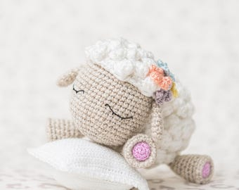 "Crochet Pattern of Lamb Shelby from ""AradiyaToys Design"" (Amigurumi tutorial PDF file)"