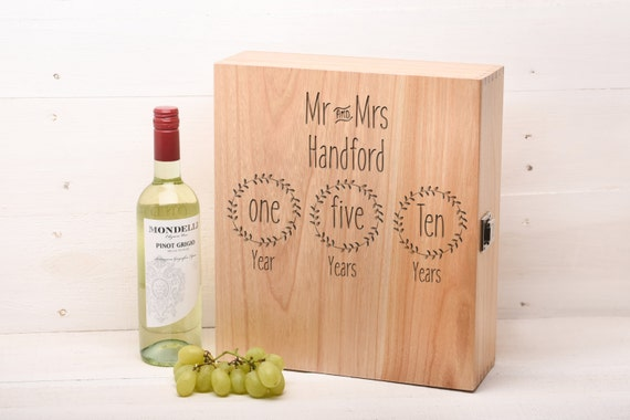 ... Gift Mr and Mrs Wine Box Champagne box 3 bottle personalized Gift WB5