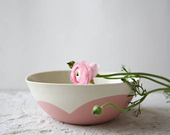 Pink bowl,large serving bowl,ceramic bowl,salad bowl,porcelain dinnerware,modern pottery,cereamic pasta bowl,stoneware bowl,gift for couple