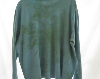 Plus size up cycled hand dyed green supima cotton designer top, ll bean funky shirt, artsy all season activewear, boho beach top, 2-3X