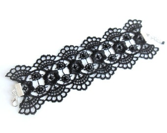Embroidered black lace bracelet, black lace cuff bracelet, black flowers lace bracelet, bridesmaid bracelet, black floral lace cuff