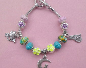 4-Cat on the Moon ~ Pand*ra Style Charm Bracelet Yellow 3