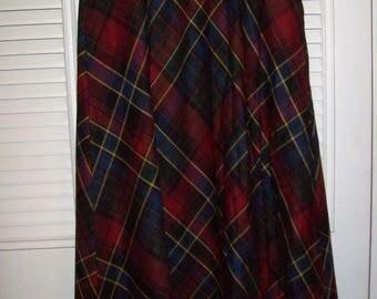 Ralph Lauren Wool Skirt Size 4, MAXI Length, Preppy Fantastic Vintage Find Skirt see details