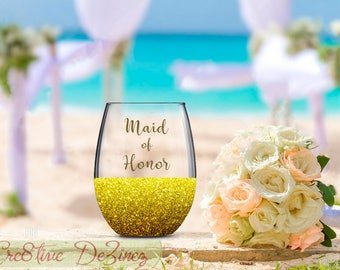 Maid of Honor, Wedding Favor, Wedding Wine Glass, Wedding Toasting Glasses, Glitter Wine Glass, Brides Maid Glass, Wedding Toast, Maid Glass