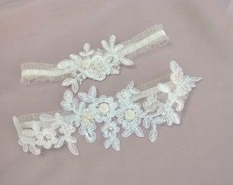 Lace garter set, wedding garter set, bridal garter set, toss garter