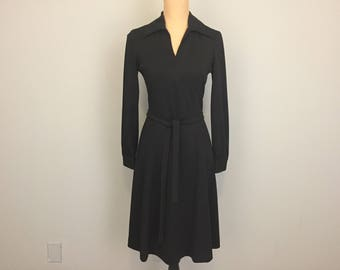 70s Dress Black Dress Hipster Clothing Belted Dress Long Sleeve Midi Day Dress Pointed Collar Small Medium 1970s Womens Vintage Clothing