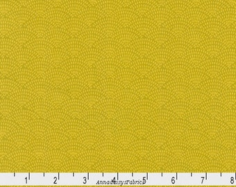 Citron Scallop Fabric, Timeless Treasures You Are Magical C5100 Citron Dash Scallop, Yellow Green Scallop Quilt Blender Fabric, Cotton
