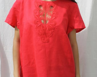 Linen blouse Womens blouse Bright pink top Pink blouse Ladies top Button back blouse Linen top Embroidered linen blouse Short sleeved blouse