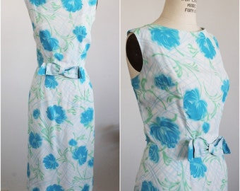 Vintage 1960s Mod Dress With Bow / 60s Day Dress / Floral Sheath Dress / Wiggle Dress