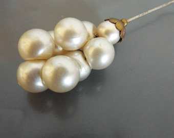 Vintage Hat Pin 1950's Large Faux Pearl cluster with Brass Base 4.5 inches long