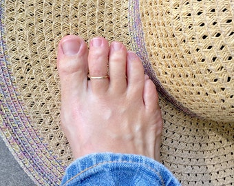 Solid 14K gold toe ring, 14k gold toe ring, toe rings, rings for toes, summer jewelry, gold jewelry,gold