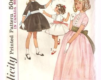 VINTAGE Simplicity Sewing Pattern 5242 - Children's Clothes - Child's Dress, Size 3