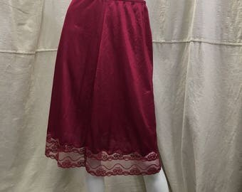 Vintage Burgundy Half Slip Lace Trim // Retro 60s 70s Medium Large Knee Length Skirt