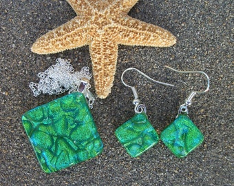 Light Green Dichroic Glass Pendant Necklace and Earring Set