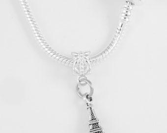 Eiffel Tower Necklace Eiffel tower France Paris landmark European Style Travel Vacation Arts best jewelry gift