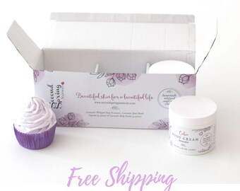 Birthday Ideas For Friend -  Lavender gift -  - Spa Set - Bath Set - Bath Bomb - Whipped Soap - Lavender - Gift for Wife