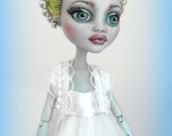 Monster High Custom Repaint & Outfit