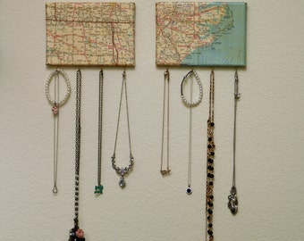 Jewelry Hanger with Map Canvas (set of 2)