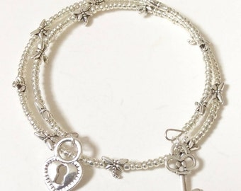Heart lock & Key dragonfly beaded memory wire bracelet