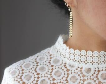 Gold Chevron Earrings - Arrow Earrings - Dangle Earrings - Minimalist Jewelry - Chain Earrings - Everyday Jewelry - Bohemian Jewelry