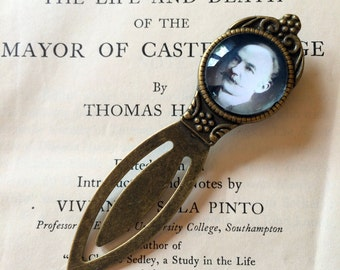 """Thomas Hardy Bookmark - Thomas Hardy Gift, Tess of the d""""Urbervilles Bookmark, Far from the Madding Crowd, Victorian Novelist Bookmark"""