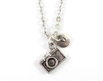 CAMERA charm necklace, silver camera necklace, initial necklace, camera charm, initial jewelry, personalized jewelry, gift for photographer