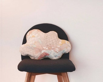 Cloud madder cushion