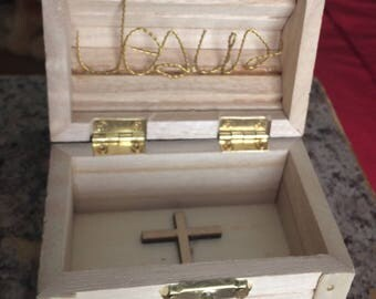 Jewelry box treasure chest