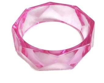 Hot Pink Faceted Lucite Bangle Bracelet Vintage Translucent Geometric