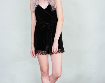 Led Astray - Black velvet jumper with tap shorts and lace trim - boho rock
