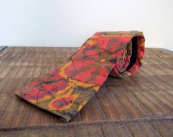 Vintage Mens M.L. Alden Square-bottom Narrow Groovy Batik Necktie