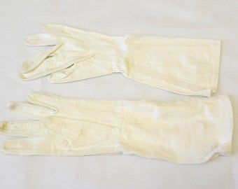 1950s White Fownes Lastic Leather Long Gloves