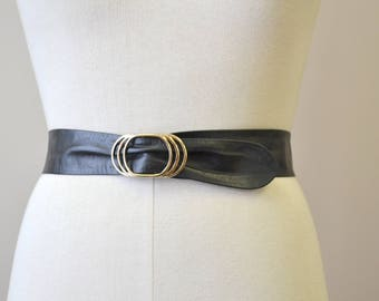 1980s Black Leather Belt with Gold Metal Buckle