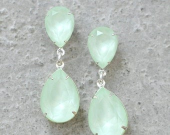 Soft Mint Seafoam Earrings Pastel Green Rhinestone Dangle Earrings Swarovski Crystal Powder Green Stud Post Clip On Duchess Hourglass Bride