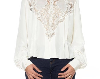 White 1940s Top With Lace On Front Size: 8-10
