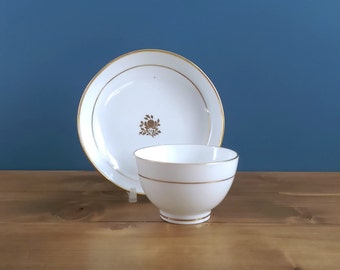 Antique Gilt Decorated Tea Bowl and Saucer c1795